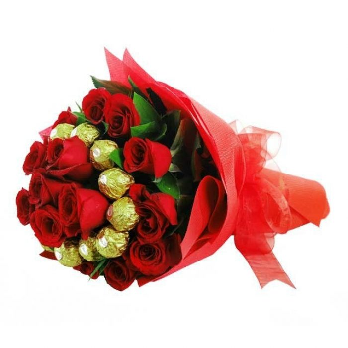25 Roses With Chocolates Bouquet 003 Red Tie Innovations